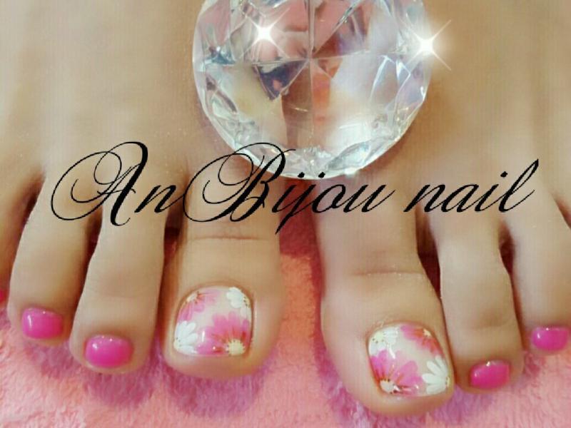 ガーベラ ネイル ピンク